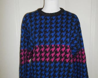 Closing Shop 40%off SALE WOOL Vintage Beautiful Abstract Sweater  80s 90s