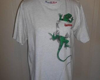 Closing Shop 40%off SALE Vintage Costa Rica   tourist T-shirt    Lizard Iguana    80s 90s