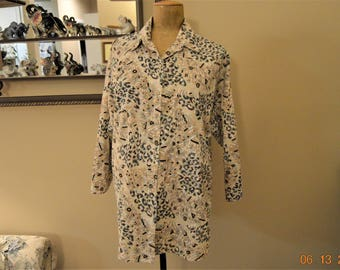 """80's Blouse,Button up ,Tiger Jungle pattern print,Oversized Boxy Shirt,Chest is 42"""" to  48"""""""
