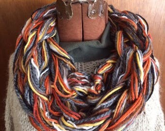 Arm Knitting - Five Monkeys Location - Saturday, September 23 at 10 AM - 12 PM