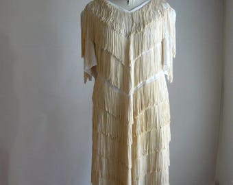 Vintage Ivory White FRINGE Flapper Dress / LARGE size 16 18 20 / SHAKE and Shout 1980s Cocktail /  1920s Inspired Stretchy
