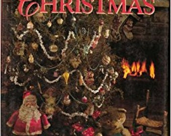 SALE - An Old-Fashioned Christmas - From Country Home - 1992 - 3.50 Dollars