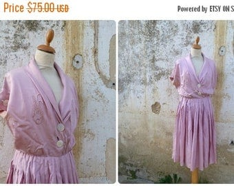 ON SALE Vintage 1950/50s French homemade pink silk pleated dress mid century  size L