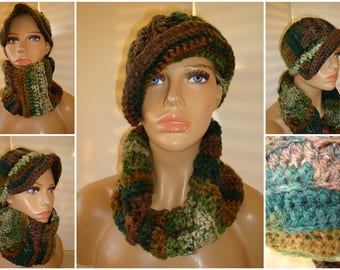 Camoflague Hat and Neckwarmer / Cowl / Infinity Scarf Set / Camo Color / Green Blend