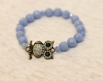 Owl charm bracelet, owl charm jewelry, stretch bracelet, blue bead bracelet, aqua beads, owl charm, owl jewelry, stackable bracelet, beaded