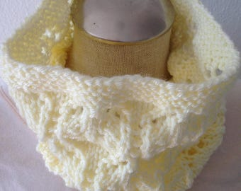 Cream  hand knit cowl scarf,  lace cowl, tube scarf, infinity scarf