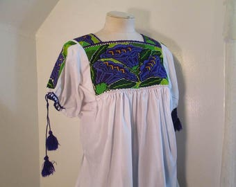 Morning Glory White Mexican Blouse 70s vintage hippie Top Purple flowers Green embroidery peasant blouse floral embroidery shirt M L