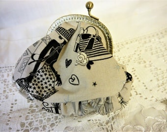 Coin Purse - Moi Paris -  French Themed Design - Handmade in France