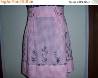 Christmas in July Vintage Pretty in Pink and Black Half Apron Checks and Embroidery vestiesteam