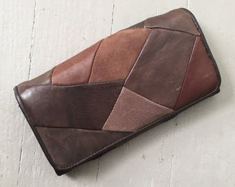 Vintage 1970s Brown Leather Patch Wallet Purse Clutch