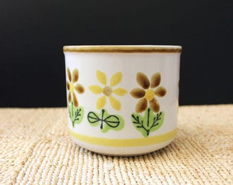 Japanese stoneware planters with flower design, 1970s stoneware.