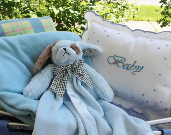 Two Piece Baby Boy Gift Set, Personalized Swiss Dot Baby Pillow Plus  Bearington Baby Snuggler, Newborn Gifts, BabyShower Gifts