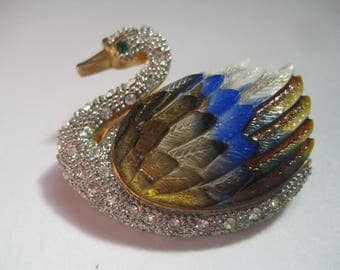 Exquisite  Rhinestone Swan Pin in Gold Tone Metal with Pave Rhinestones and Hand Painted Lucite Wing
