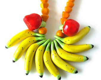 RARE Parrot Pearls Fruit Necklace / Carmen Miranda / Fruit Salad / Costume Jewelry / Flying Colors / Yellow Red Orange / Statement Necklace