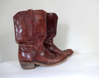 Vintage LEVIS Boots • Classic Distressed Cowboy Western Brown Dark Red Stitched Leather Unique 1970s 1980s • Size 10 11 D Men or 12 Women