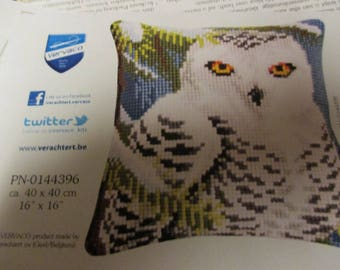 Vercavo Verachtert Snow Owl Needlepoint Pillow Kit PN-0144396