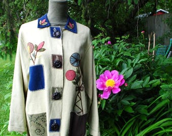 Boho vintage 90s pastel sage burlap  mini coat with a flowers applique,artsy  buttons, multicolor pockets. Made by Parsley and sage.Size M
