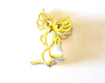 Brushed Gold Tone Owl Pin