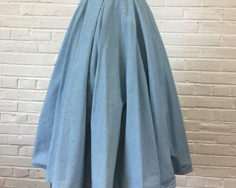 """1950s Chambray Pleated Circle Skirt with Rhinestone Trim (as-is), 30"""" waist"""