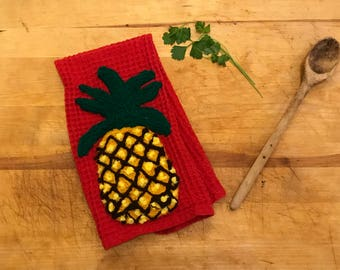 Pineapple Decor~Welcome Pineapple~Kitchen Towel~Housewarming Gifts~Tea Towel~Dish Towels~New Home~Funny Kitchen Towel~Kitchen Tea Towel