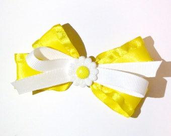 baby daisy bow//hair bow//baby//yellow//daisy