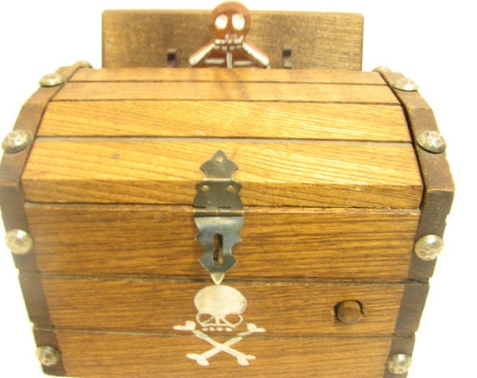 Vintage Skeleton Cigarette Dispenser, Pirate Chest Mechanical Musical plays Death March, Halloween Wind up