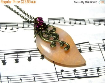 On Sale Peach Pendant Aventurine Pendant Jewelry for Women Top Selling Jewelry Most Popular Jewelry