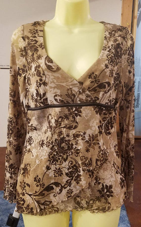 brown floral flowers top blouse womens long sleeves shirt sz medium sheer v neck vintage 90s clothing