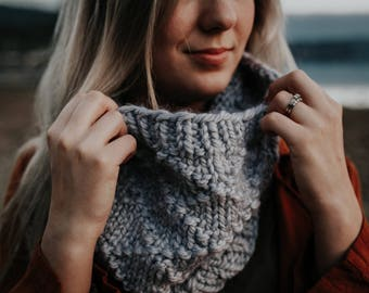 KNITTING PATTERN, The Anthony cowl knitting pattern, knit cowl, knit accessory