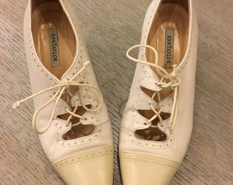 90s Ann Taylor leather spectator /shoes woman's size 7 / made in Italy