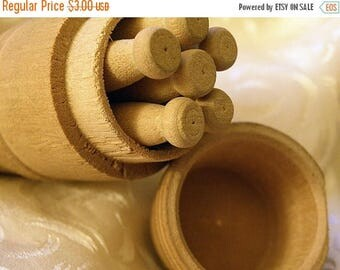 christmasinjuly sale...primitive barrel shaped box with 6 clothespins