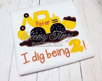 Construction birthday shirt ~ I dig being 2 ~ digger birthday shirt ~truck birthday ~ 2nd birthday ~boys birthday shirt ~ construction theme