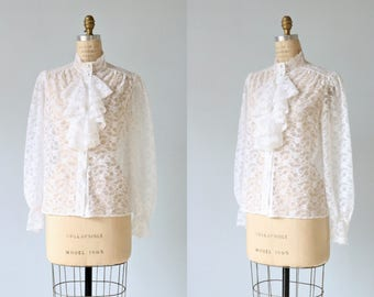 Jabot Blouse / White Lace Long Sleeved Ruffled Blouse Top / Button Down Blouse / Prairie Blouse Gunne Sax Blouse