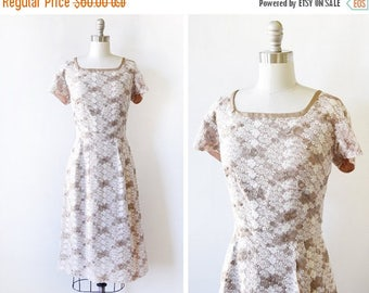 20% OFF SALE 60s lace floral dress, vintage 1960s embroidered lace dress, short sleeve garden party dress, medium large ml