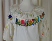 sale Peasant Blouse, Vintage Top, Boho Top, 70s Top, Hippie Blouse, Mexican Blouse, Folk Top, Ruffled Blouse, Embroidered Blouse,