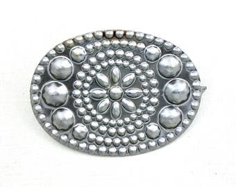 2 large CONCHO gun metal prong stud nailhead for leather crafts. 2.5 inches wide. raw steel pieces. (S405)