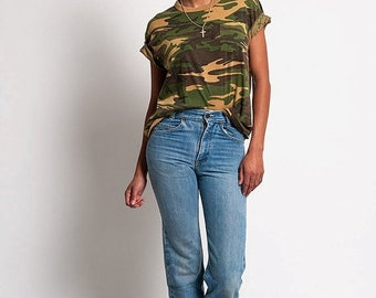 40% OFF The Vintage 50/50 Green Army Camo TShirt