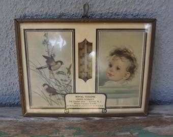 Vintage Children' Room Decor pictures and thermometer