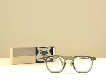 Grey Wayfarer Arnel Style Glasses American Safety Eye Frame 46-24 Bigger True VTG Eyeglasses Mad Men Safety Seems NOS in Original Box