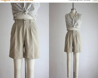 25% SALE high waisted khaki shorts