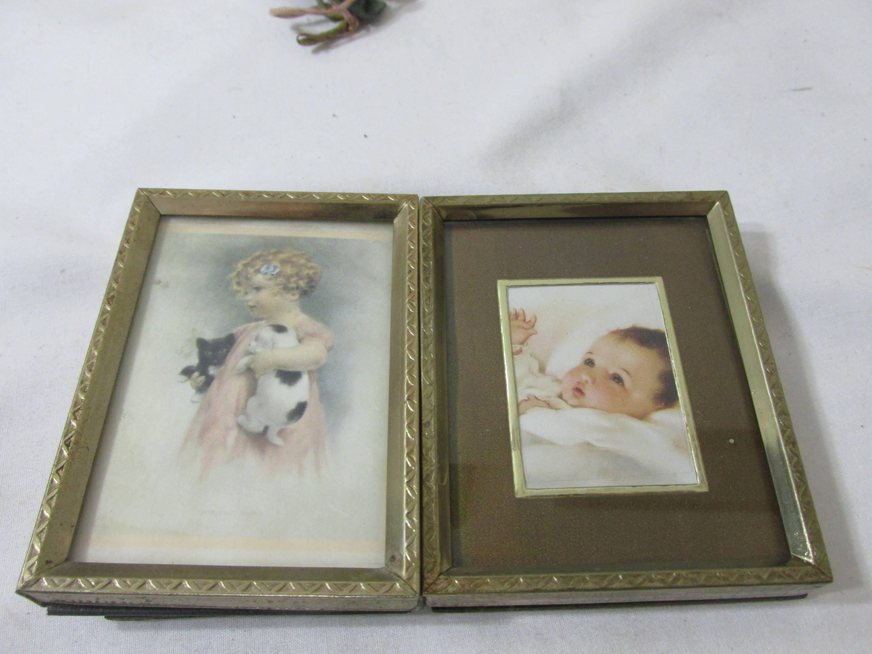 Picture frames wallet size photos 2 12 x 3 12 vintage metal 1099 jeuxipadfo Image collections