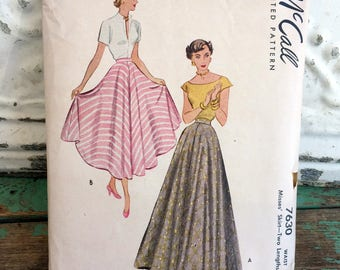 1940s Simplicity Skirt Sewing Pattern Waist 24 Full Circle Skirt