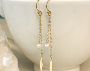 Dainty White Pearl and Gold Dangle / Drop Earrings . Safe for Sensitive Skin. 14k goldfilled. Bridesmaid