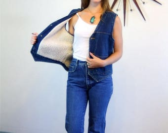 SALE 50% OFF Vintage 70s Denim Shearling Vest Country Western Faded Wash Blue Jean Unisex Top Chambray Brass Button Down 1970s Sleeveless Je