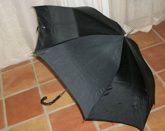 Goth Victorian Style Vintage Classic Large Black Umbrella Nylon Unisex Looks Like a Huge Bat when Open Good Cond