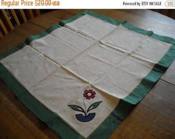 Sale Vintage Flower Applique Tablecloth and Napkin Set