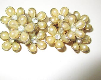Vintage Bridal Coro Lucite Flowers Rhinestone Center Gold Tone Clip 50's Art Nouveau Estate Rare High End Designer Signed Runway Statement