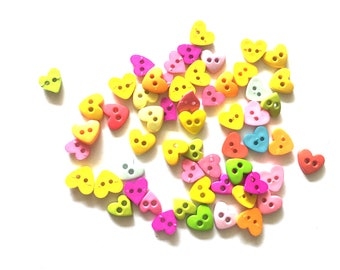 80 pcs mix hearts buttons size 9 and 10 mm