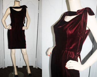 Vintage 1960's Dress. Designed by Mardi Gras in Rich Garnet Velvet. Small.