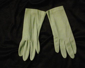 Vintage Gloves Green Wrist Gloves 1950s Gloves Cyberdolly Chic Womens Gloves 7 1/2